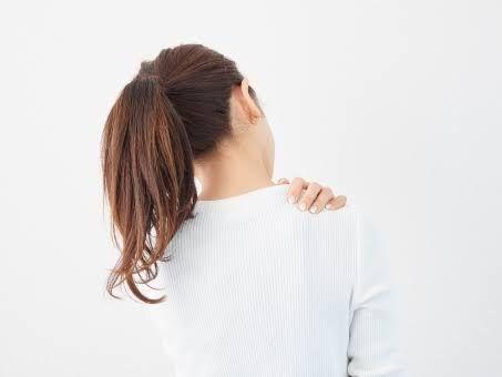 肩こりが太る原因にも、、、